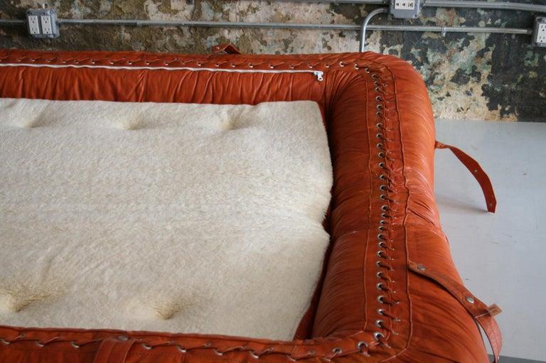 Leather Anfibio Sofa / Bed by Alessandro Becchi for Giovannetti Collezioni, 1971 For Sale 4