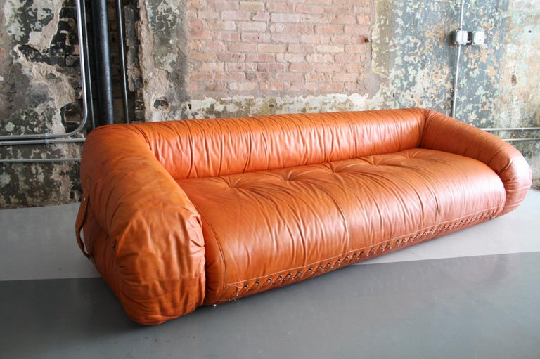 Mid-Century Modern Leather Anfibio Sofa / Bed by Alessandro Becchi for Giovannetti Collezioni, 1971 For Sale