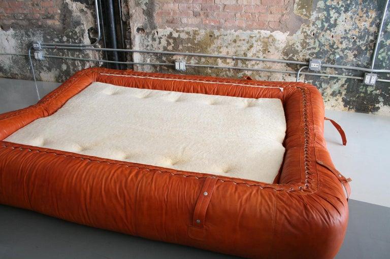 Leather Anfibio Sofa / Bed by Alessandro Becchi for Giovannetti Collezioni, 1971 For Sale 2