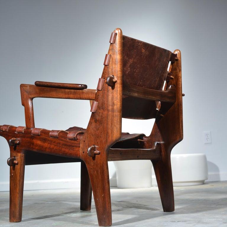 Leather Armchair by Angel Pazmino for Muebles De Estilo circa 1960 Ecuador In Good Condition For Sale In Los Angeles, CA
