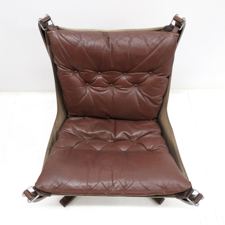 Scandinavian Modern Leather Chair 'Falcon' by Sigurd Resell, 1970 For Sale