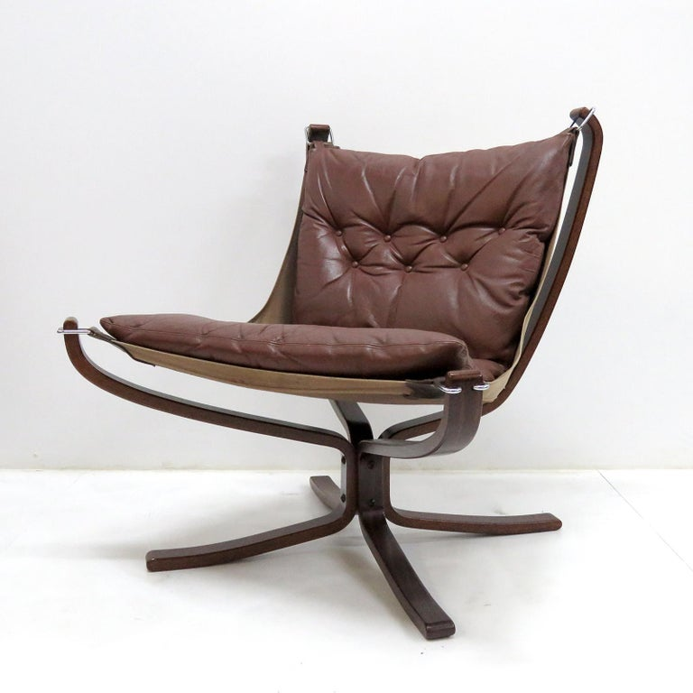 Norwegian Leather Chair 'Falcon' by Sigurd Resell, 1970 For Sale
