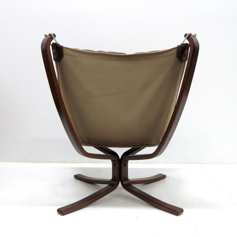 Metal Leather Chair 'Falcon' by Sigurd Resell, 1970 For Sale