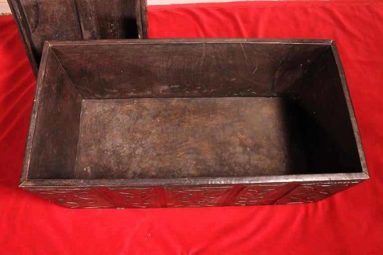 Leather Chest Probably from Cordoba, 19th Century For Sale 5