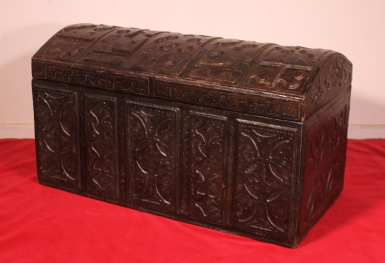 Elegant 19th century leather chest probably from Cordoba Rectangular shaped chest with its domed top. This beautiful chest has a very fine leather decor in superb condition and superb embossed leather work.  Very beautiful patina and leather in