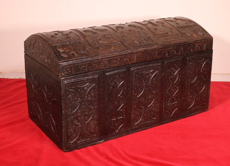 Spanish Leather Chest Probably from Cordoba, 19th Century For Sale