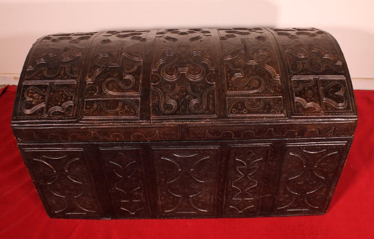 Leather Chest Probably from Cordoba, 19th Century For Sale 1