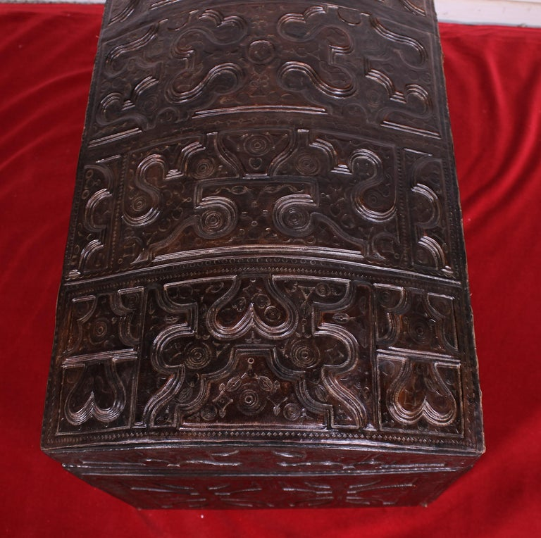 Leather Chest Probably from Cordoba, 19th Century For Sale 3
