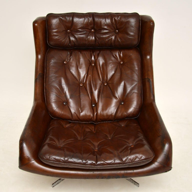 Leather & Chrome Swivel Armchair Vintage, 1960's In Good Condition For Sale In London, GB