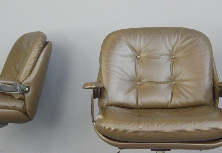 Scandinavian Modern Leather Executive Chairs by Ring Mobelfabrikk, circa 1970s For Sale