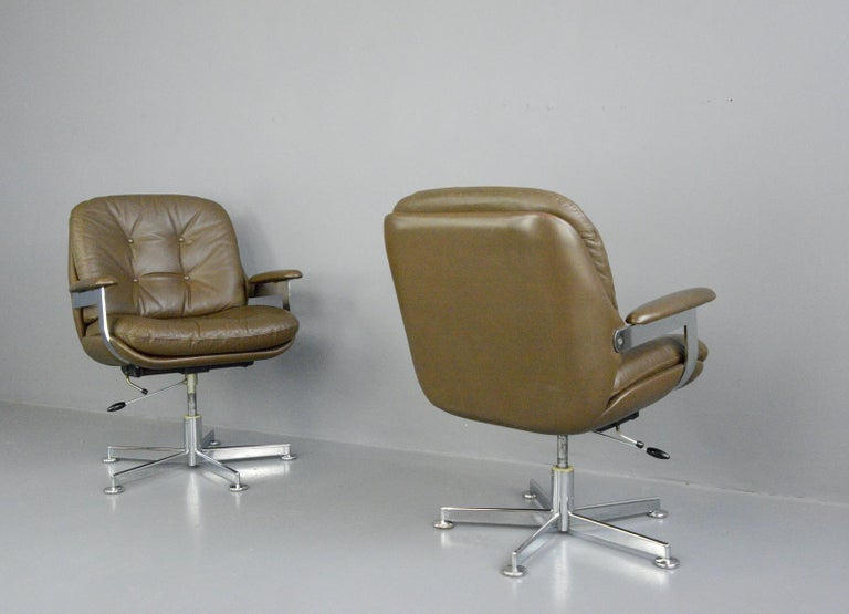 Leather Executive Chairs by Ring Mobelfabrikk, circa 1970s For Sale 2