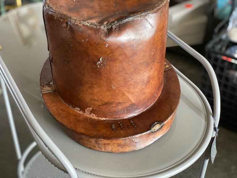 Leather Hat Box for Cylinders, Early 19th Century For Sale 2