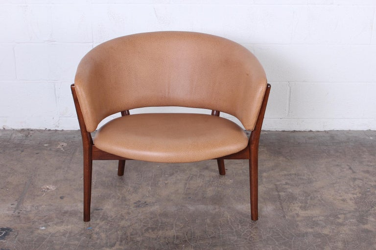 Leather Lounge Chair by Nanna Ditzel In Excellent Condition For Sale In Dallas, TX