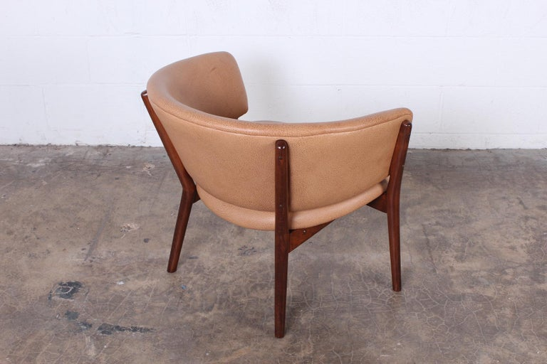 Leather Lounge Chair by Nanna Ditzel For Sale 2