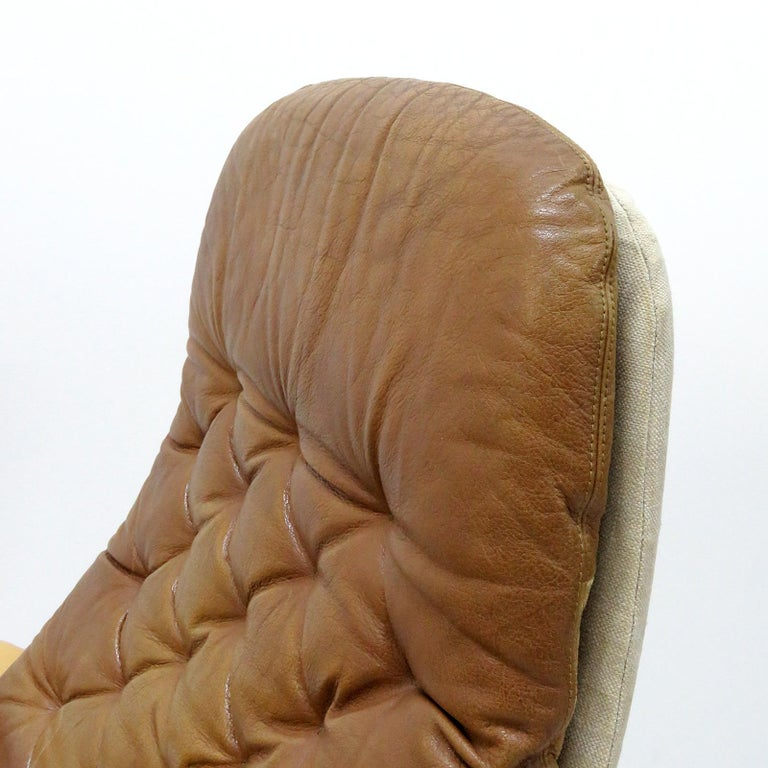 Leather Lounge Chair 'Metro' by Sam Larsson for DUX, 1970 In Good Condition For Sale In Los Angeles, CA