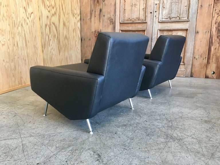 Leather Lounge Chairs by Airborne For Sale 8