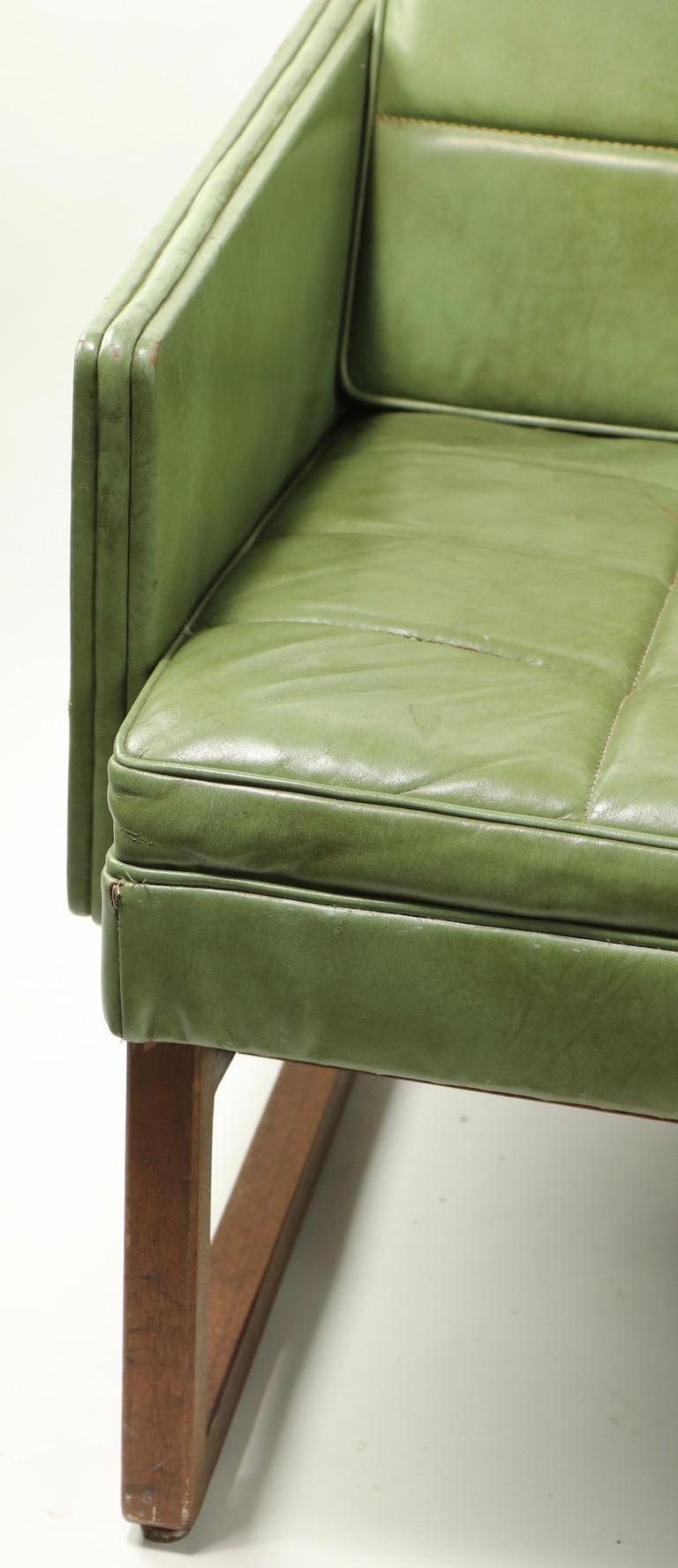 Leather Loveseat Sofa by Gunlocke For Sale 3