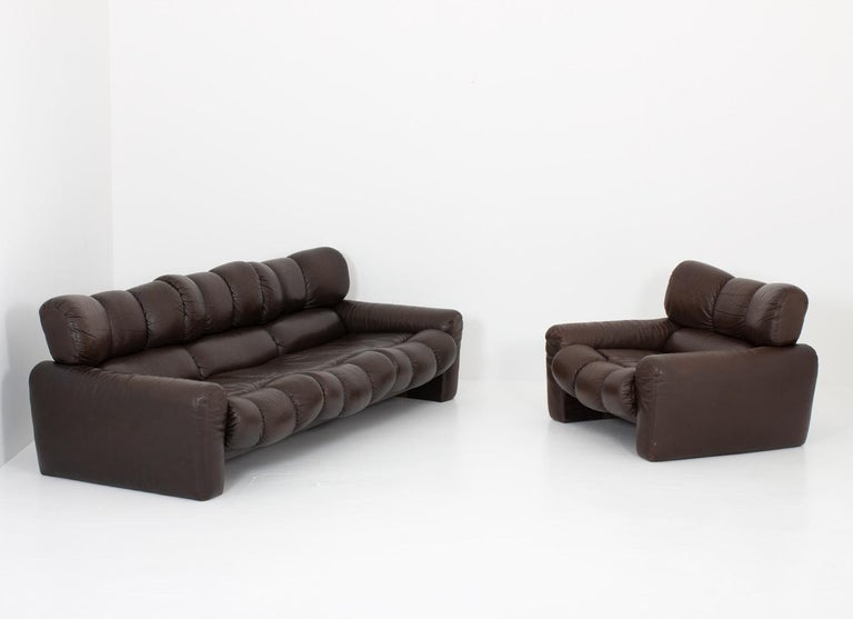 Leather Lunge Chair by Tongiani Stefanos, Italy For Sale 3