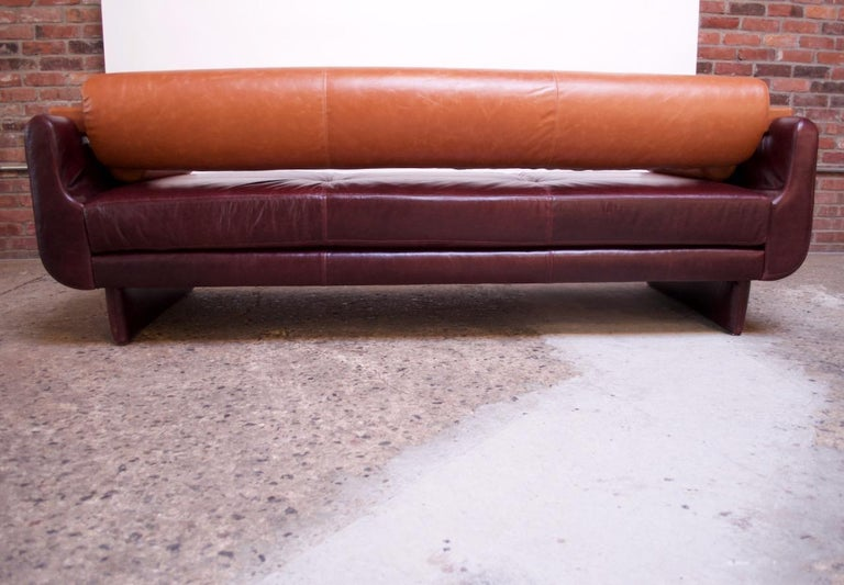 Leather 'Matinee' Sofa / Daybed by Vladimir Kagan For Sale 2