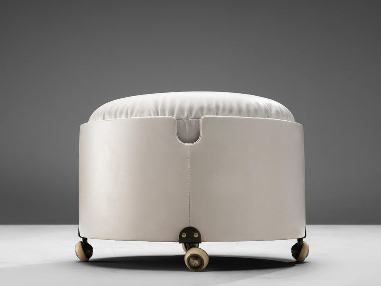 Mid-Century Modern Leather Pouf by Luigi Massoni for Poltrona Frau