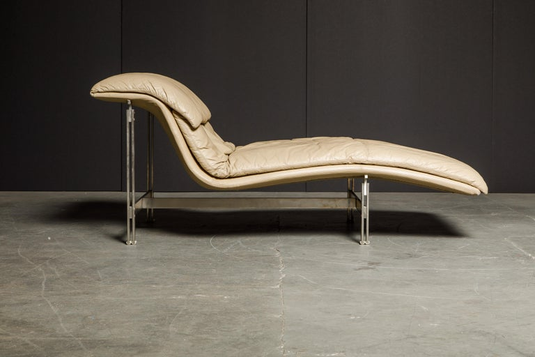 Leather 'Wave' Chaise by Giovanni Offredi for Saporiti Italia, c. 1978, Signed For Sale 9