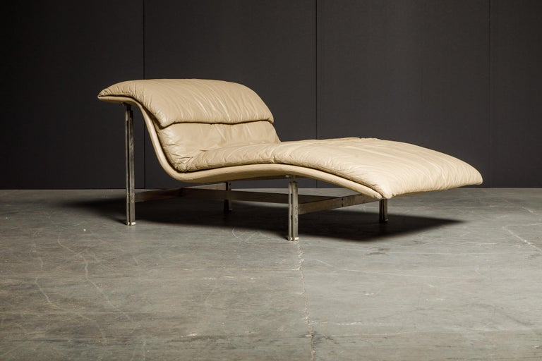 Leather 'Wave' Chaise by Giovanni Offredi for Saporiti Italia, c. 1978, Signed For Sale 10