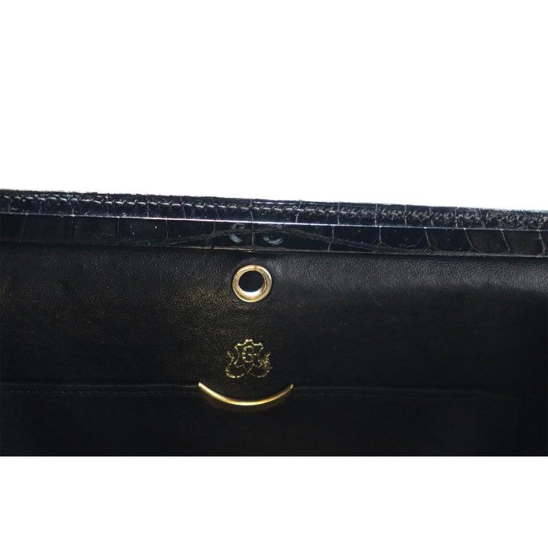 Lederer Black Alligator Purse W/ Gold Hardware & Expandable Frame For Sale 3