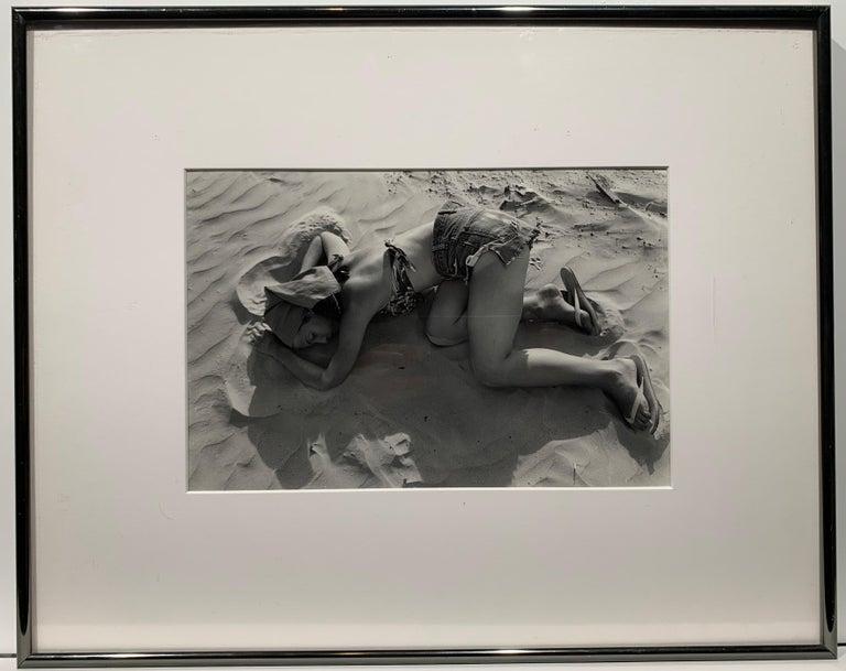 Galveston (Texas young woman portrait) - Photograph by Lee Friedlander