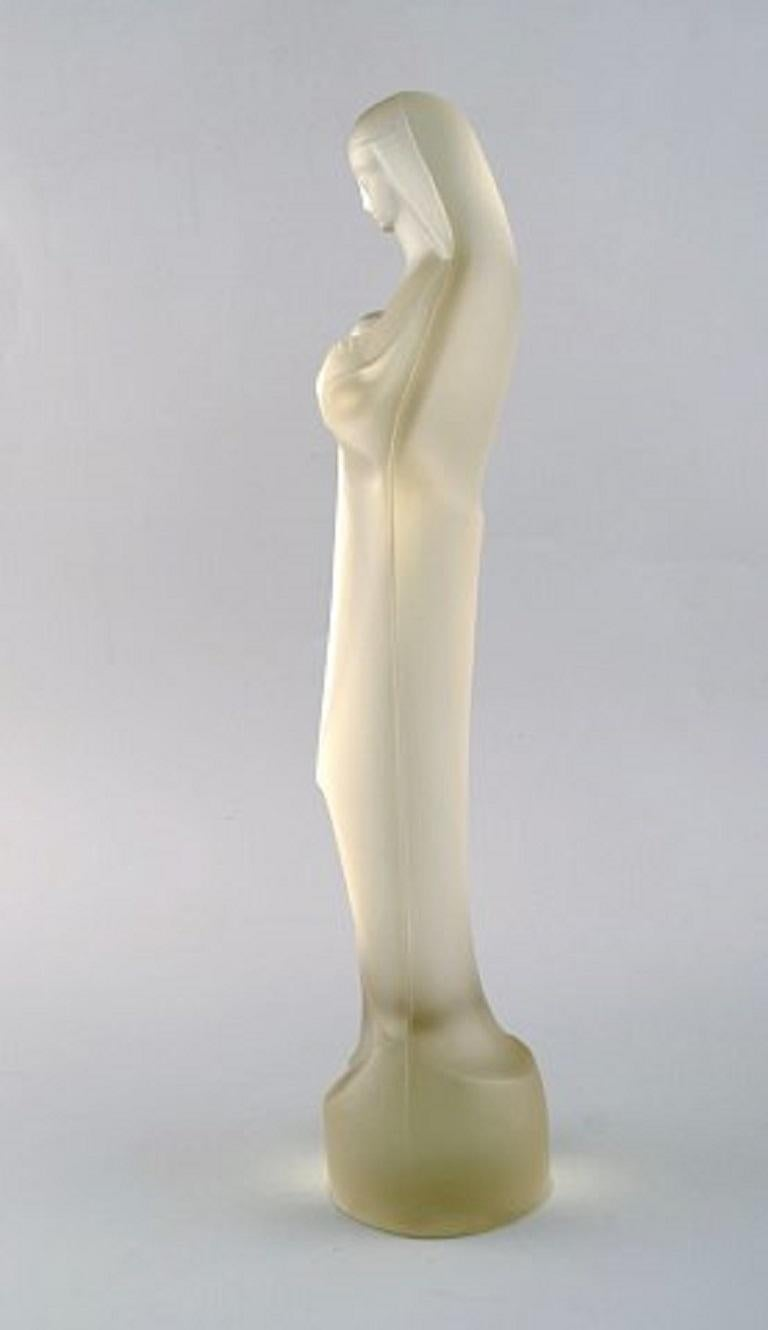 Leerdam, Holland, Large Sculpture of Madonna in Art Glass, 20th Century In Good Condition For Sale In Copenhagen, Denmark