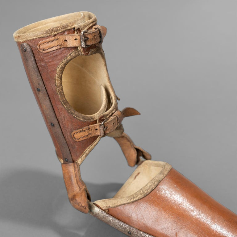 Left Arm Prothesis with Gripping Tool, circa 1920 For Sale 1