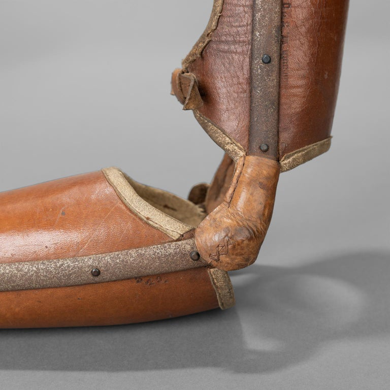 Left Arm Prothesis with Gripping Tool, circa 1920 For Sale 2