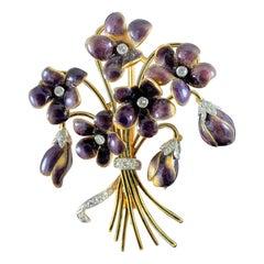 Leitão & Irmão Retro 1940s Diamond Enamel Violet Floral Bouquet Brooch Gold