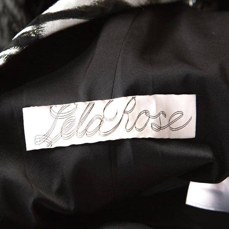 Women's Lela Rose Monochrome Lurex Ikat Patterned Jacquard Sheer Yoke Sleeveless Gown XS For Sale