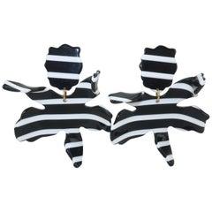 Lele Sadoughi Black & White Resin 'Lily' Earrings