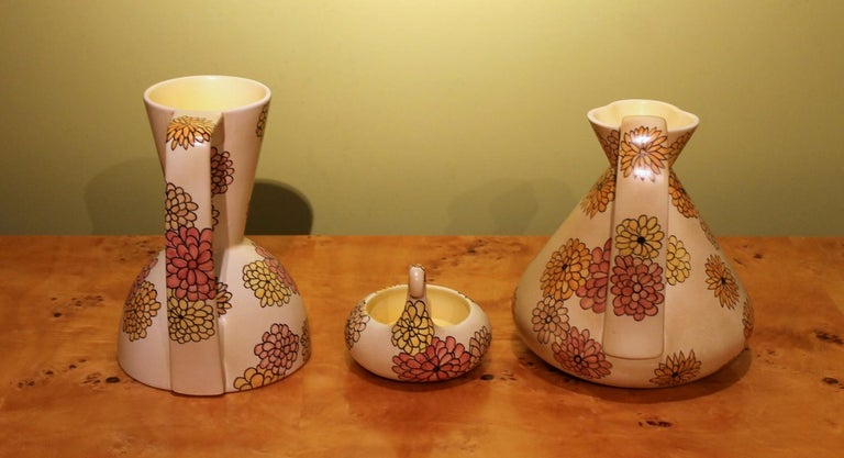 Lenci Italian Art Deco Ceramic Jug, Pitcher and Tray Set with Floral Patterns For Sale 1