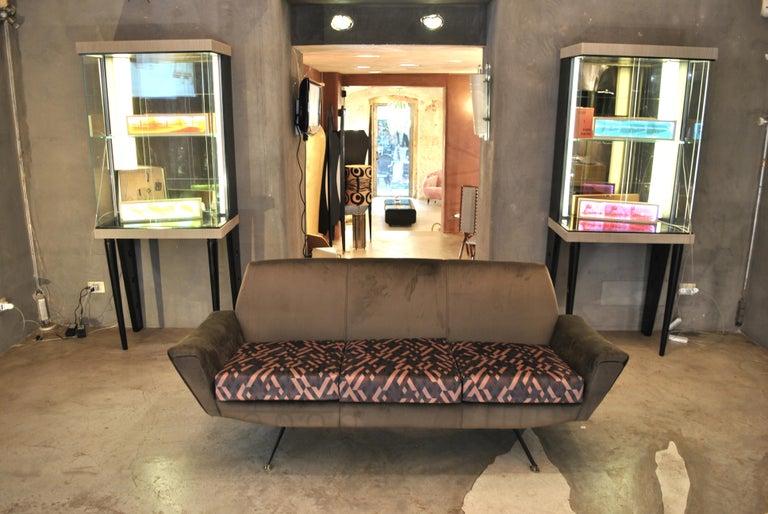 Mid-Century Modern Lenzi Sofa Italian Midcentury Designer Giuseppe Rossi of Albizzate, Italy