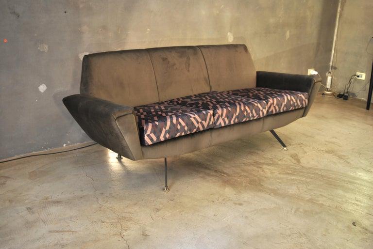 Velvet Lenzi Sofa Italian Midcentury Designer Giuseppe Rossi of Albizzate, Italy