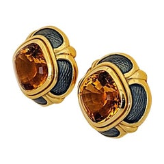 Leo de Vroomen 18 Karat Yellow Gold Enamel Earrings with 17.70 Carat Citrine