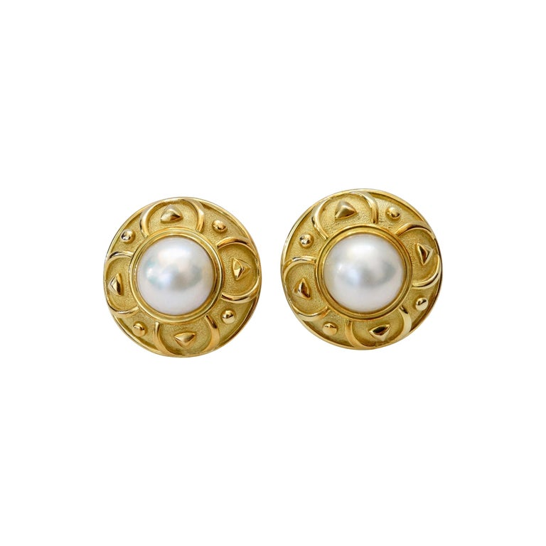 Leo de Vroomen 1980s 18k Gold and Mabé Cultured Pearl Earrings  For Sale