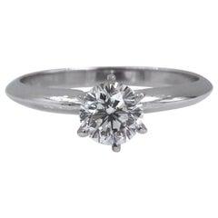 LEO Diamond Engagement Ring Round 0.69 Carat I VS2 14 Karat White Gold