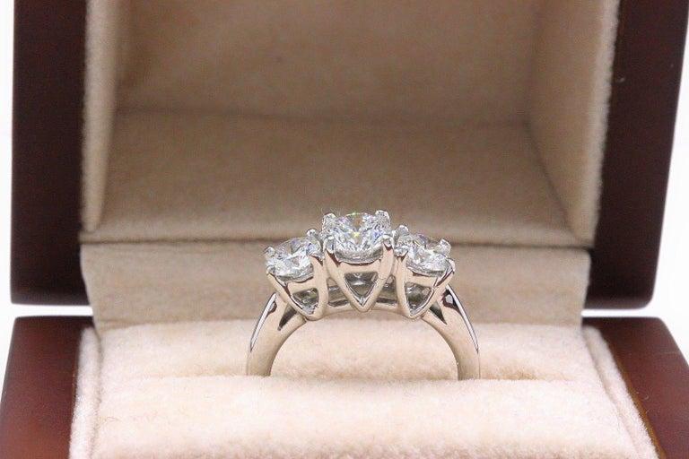 Leo Diamond Engagement Ring Three-Stone Rounds 1.51 Carat 14 Karat White Gold For Sale 5