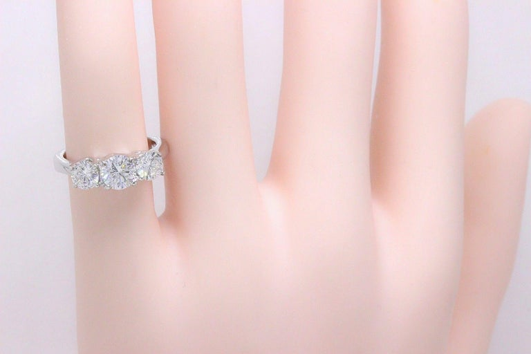 Leo Diamond Engagement Ring Three-Stone Rounds 1.51 Carat 14 Karat White Gold For Sale 3