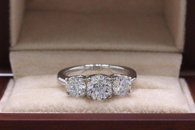 Leo Diamond Engagement Ring Three-Stone Rounds 1.51 Carat 14 Karat White Gold For Sale 4