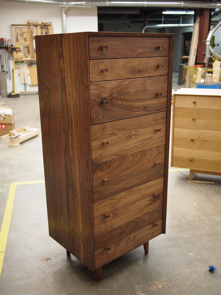 Hardwood Leo Highboy, Modern Tall Chest of Drawers with Turned Legs and Shaped Pulls For Sale