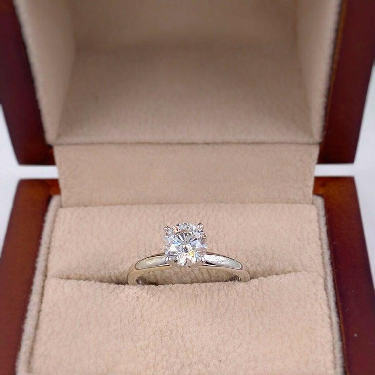 Leo Round Diamond 1.01 Carat Solitaire Ring Platinum and 18 Karat White Gold For Sale 1