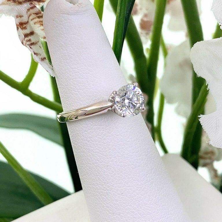 Leo Round Diamond 1.01 Carat Solitaire Ring Platinum and 18 Karat White Gold For Sale 4