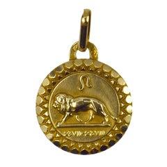 Leo Zodiac 18k Yellow Gold Charm Pendant