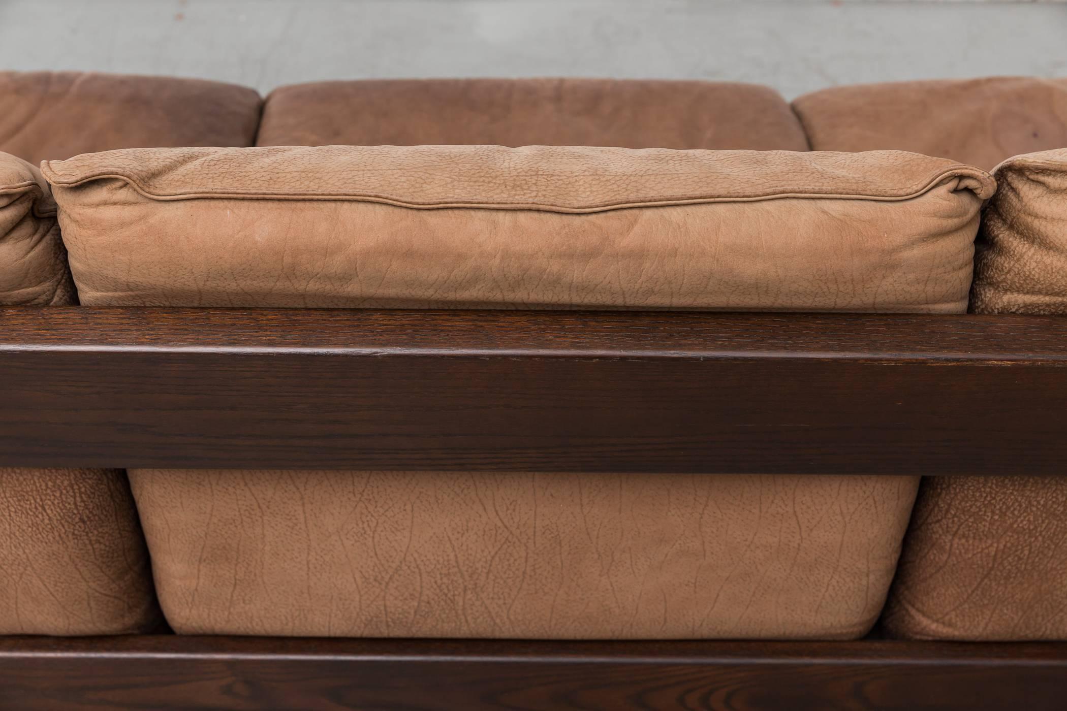 Leolux Three-Seat Buffalo Leather and Wenge Sofa For Sale at 1stdibs