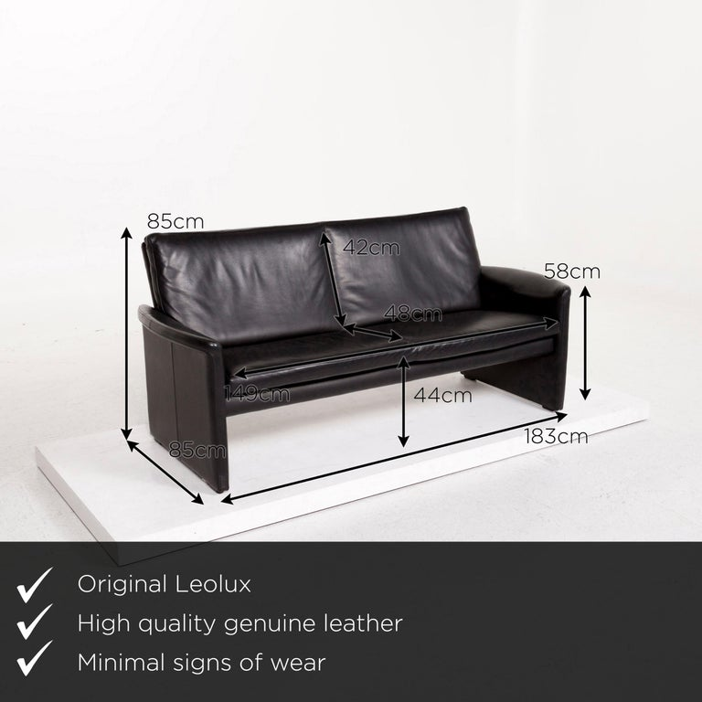 We present to you a Leolux antipode leather sofa black two-seat couch.