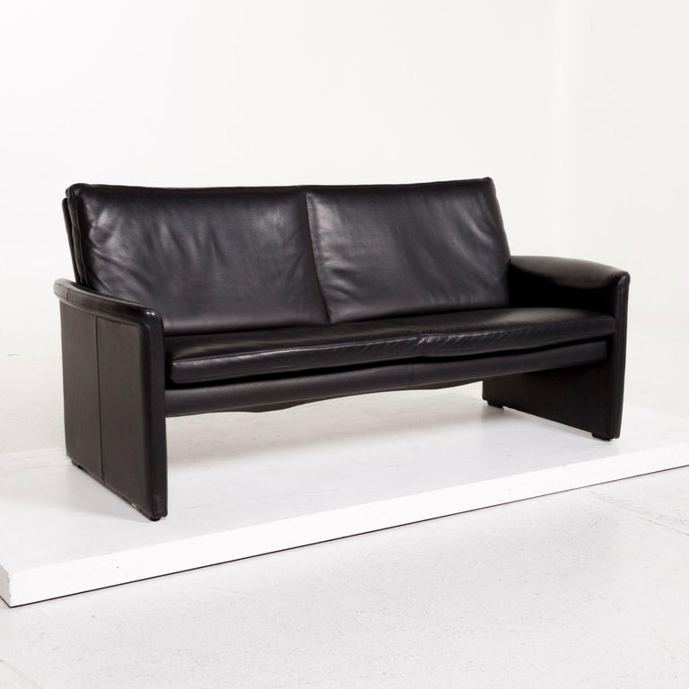 Contemporary Leolux Antipode Leather Sofa Black Two-Seat Couch